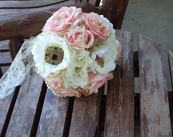 Vintage Brooch Bouquet / Vintage Lace / Shabby Look Blush Pink Silk Bridal Bouquet / Grooms Bout / Silk Wedding Flowers / Country Wedding