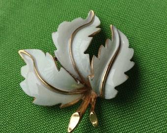 Vintage BSK Leaf Brooch (Item 531M)