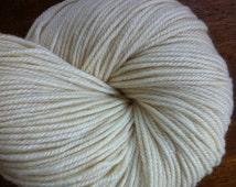 DK Polwarth Silk Undyed Yarn 3 Ply, Natural Yarn, 3 Ply Ecru Undyed Yarn Base, DK Undyed Yarn