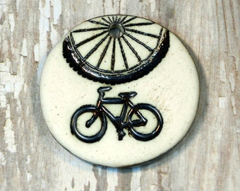 Round Bicycle Pendant in Oxidation