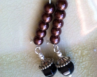 Chocolate pearls and onyx earrings