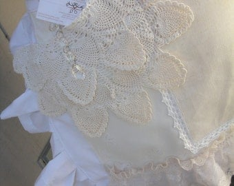 Aprons with Lace - BoHo Aprons - Womens Lace Aprons - Shabby Chic Aprons - Cottage Chic Aprons - White Lace Aprons - Annies Attic Aprons