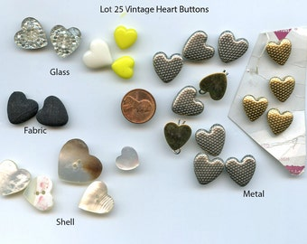 HEART buttons BIG LOT of (25) Vintage Glass Different Assorted Materials Metal, Glass, Shell, Mother of Pearl 8916