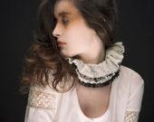 Ruffle Collar - Le Romantique