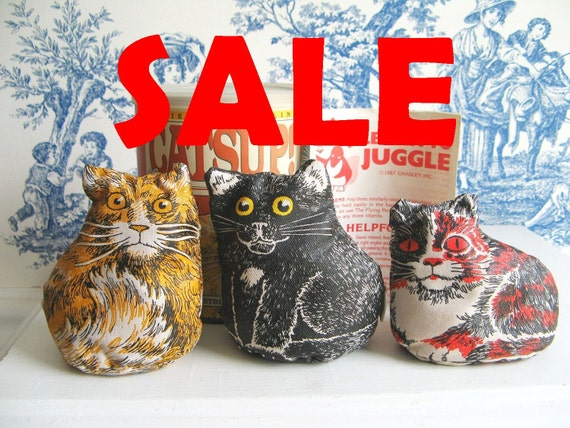 SALE Catsup Kitties for Juggling cats