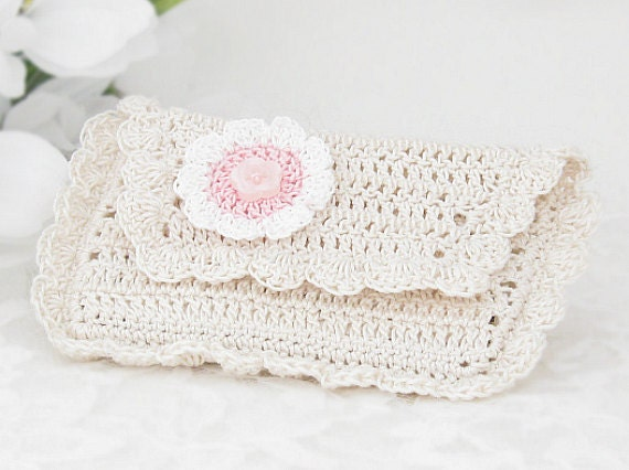 Business Card Wallet for Women, Crochet Credit, Drivers License Pouch, Antique White with Flower Applique