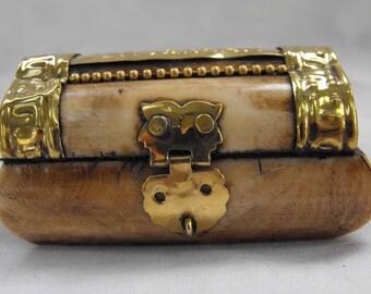 Vintage Jerusalem Box, Bone, Brass Trim, Lined, ca 1960s NT-1317
