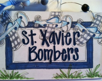 Hand personalized airplane boys sign