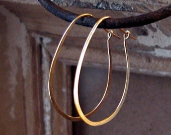 14 Kt Gold Filled Hoops..Oval Hoop Earrings..Hoop Earrings..Gold Hoop Earrings..Hand Forged Jewelry..Handmade Hoop Earrings..Gold oval hoops
