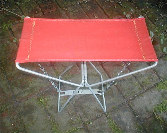 Old Pal Red Canvas Folding Camp Stool Portable Perch Metal