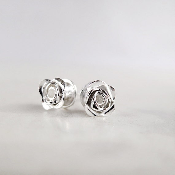 Flower studs, Itty Bitty Buds, Sterling Silver earrings, Nature Inspired jewelry