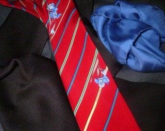 Vintage Leonard Paris Tie and Silk Pocket