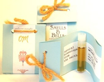 OM Natural Perfume Sample