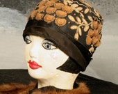 Vintage 1920s Art Deco Flapper Cloche Hat from Fifth Avenue New York - Small