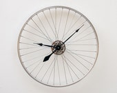 Recycled Bike Wheel Clock - pixelthis