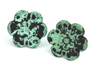 Shabby Cottage Chic Turquoise Cast Iron Flower Drawer Pull