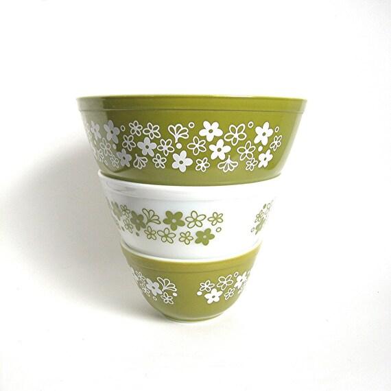 Vintage Kitchen Bowls: Vintage Pyrex Bowls Set Of 3 Spring Blossom By