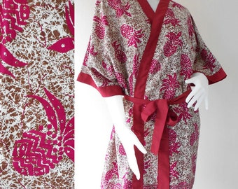 Maroon Flowers on Brown Batik Short Kimono Bath Robe (R67)
