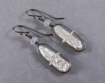 Niobium earrings, natural Niobium Biwa freshwater pearls and Chalcedony by EarthsOpulence