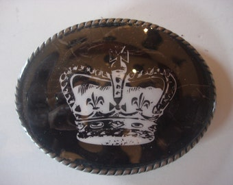 Belt Buckle - Queen's Crown - Oval Wearable Art