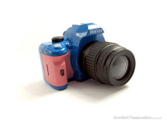 Kawaii Harajuku Style Pink and Royal Blue DSLR Chunky Camera Miniature Long Necklace Last Piece