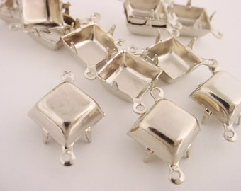 12 Silver Tone Square Prong Settings 10mm 2 Ring Closed Backs
