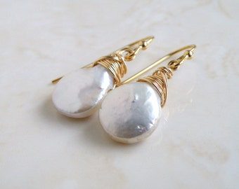 White Coin Pearl Gold Baroque Dangle Earrings GE10