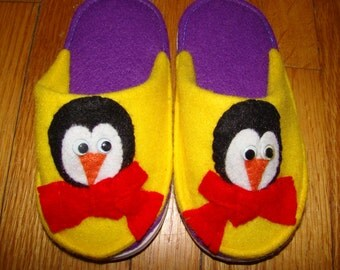 Child's Felt Penguin Slippers Scuffs Size 3T