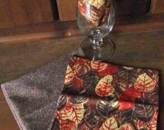 Elegant Fall Leaves Cloth Napkins - Set of 4