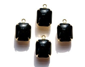 Vintage Black Stones in 1 Loop Brass Setting 12mm x 10mm oct005Q