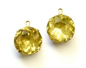 Vintage Jonquil Faceted Glass Stones 1 Loop Brass Settings 15mm rnd012J