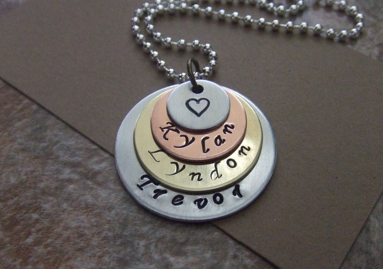 kids names necklace mom necklace personalized mommy. Black Bedroom Furniture Sets. Home Design Ideas