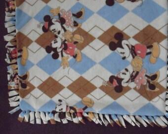 Mickey Mouse  NoSew Fleece Blanket