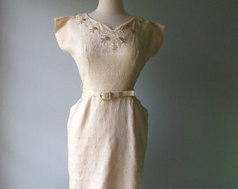Vintage 1950s Dress //  Brocade beaded sequined Dress