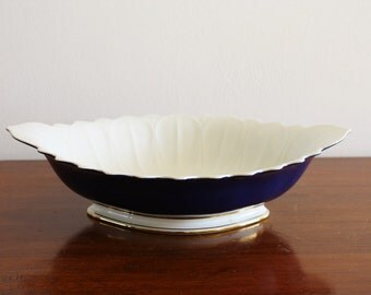 Vintage Spanish porcelain serving bowl with a ruffled edge
