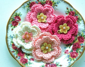 Crochet Flowers in Pinks and Cream