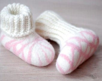 Felted wool slippers, European size 19, US4. Aprox age 6-12month