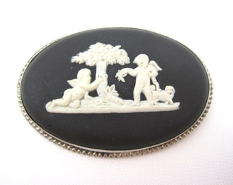 Vintage Wedgwood Brooch - Sterling Silver with Cherubs