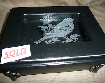 CUSTOM Music Box with etched Goldfinch Bird