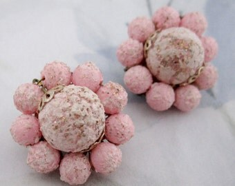 vintage pink flocked bead cluster earrings signed Japan - j5189