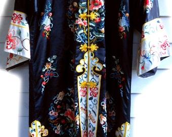 Vtg 70s 60s Flower Child Folk Gypsy Bai Hua Garden Sanctuary Floral Embroidered Oriental Boho Gypsy Hippie Kimono Duster Caftan Dress Jacket