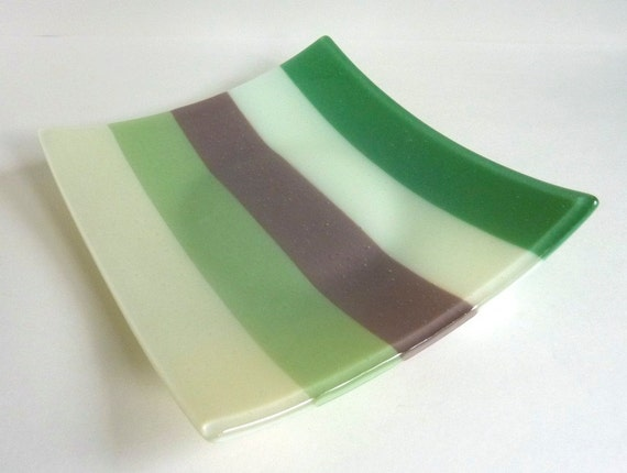 ... in Stripes of French Vanilla, Willow, Mocha, Chalk and Mineral Green