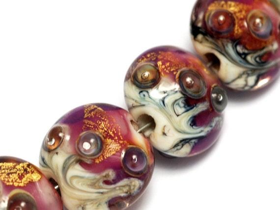Seven Cranberry Treasure Lentil Beads - Gold - Lampwork Glass Bead Set 10108902