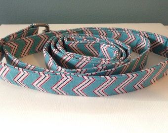 Sky Blue With Red and White Chevron Pattern Dog Leash