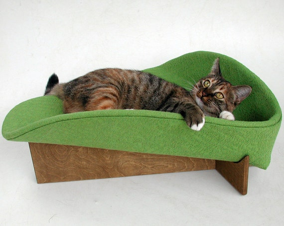 Modern cat bed in avocado cotton damask (MADE TO ORDER)