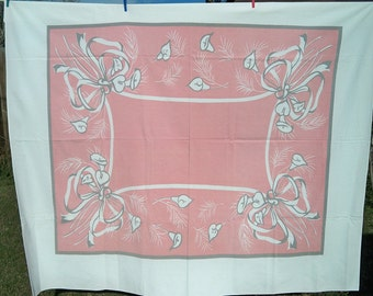 Vintage 1940s Calla Lily Floral Tablecloth