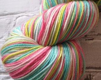 Umbrella drink verigated sock yarn