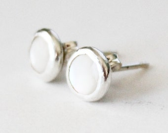 6mm or 10mm White Pearl Stud Earrings - Mother of Pearl - Sterling Silver - Small Pearl Bridal Studs - Bridesmaid Earrings White Ivory Cream