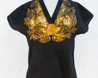 Black & Gold Batik Blouse // 1970s // Hippie Chic
