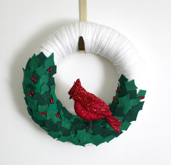 Red Bird Wreath, Winter Wreath, Cardinal Wreath, Yarn and Felt Wreath, 12-inch size - Ready to Ship